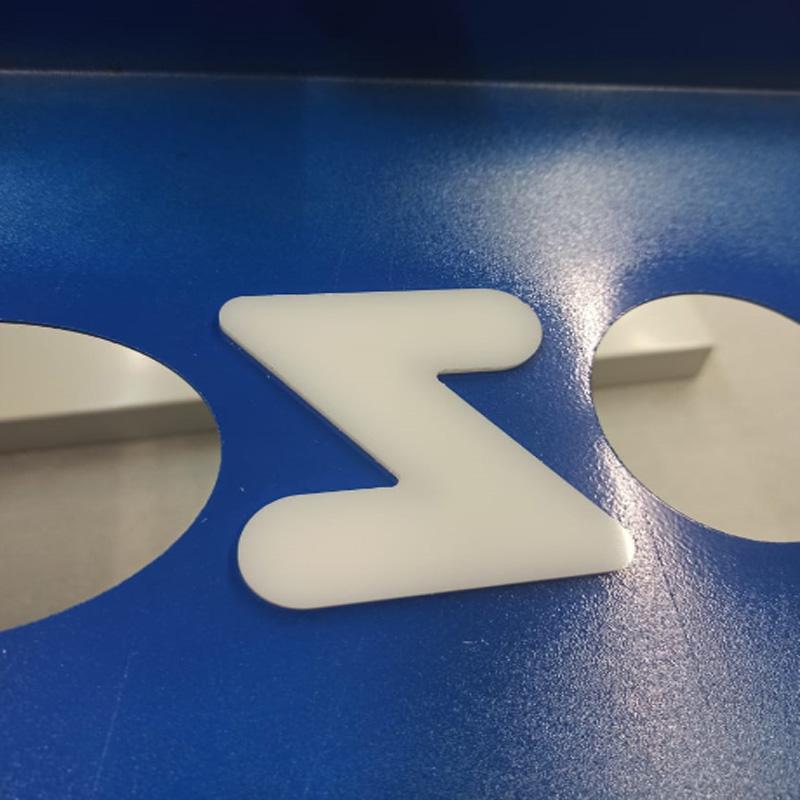 Выполнили таблички с буквами из жидкого акрила для компании OZON